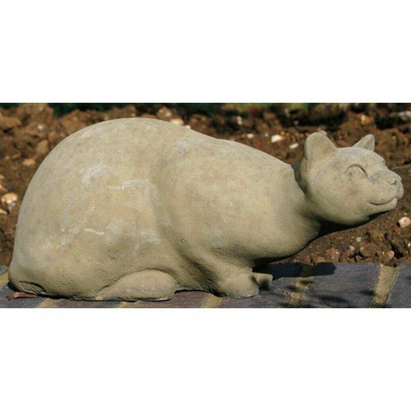 Gartenfigur katze kauernd for Gartenfiguren aus steinguss
