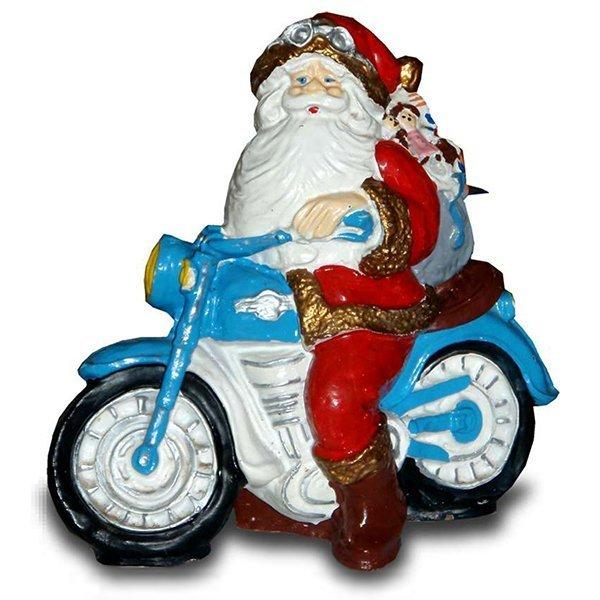 weihnachts deko weihnachtsmann sitzt auf motorrad. Black Bedroom Furniture Sets. Home Design Ideas
